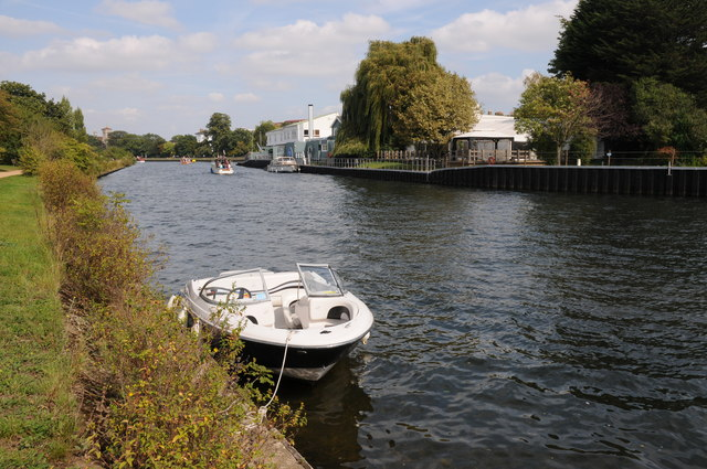 The Thames opposite Surbiton