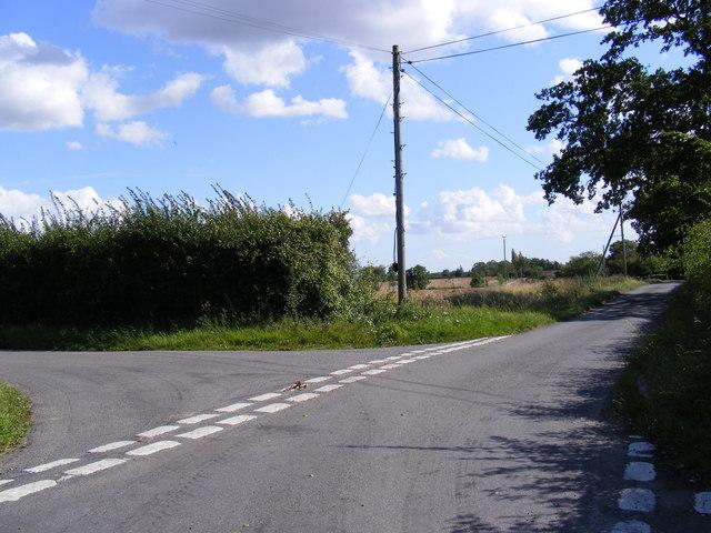 The Street, Monewden