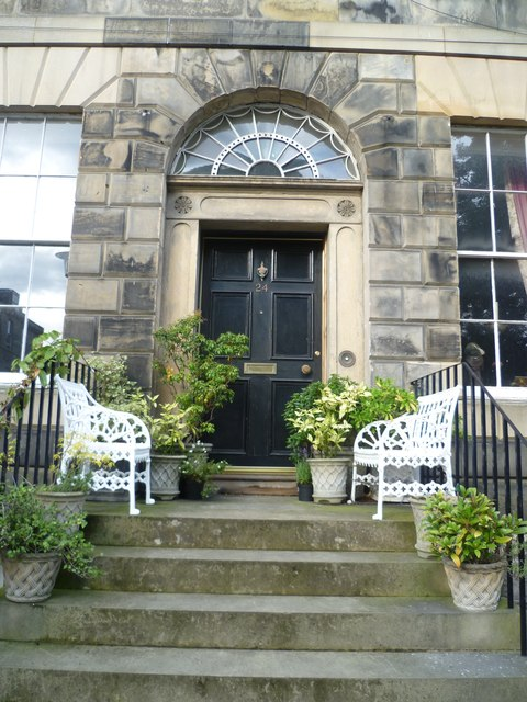 House entrance, Gayfield Square