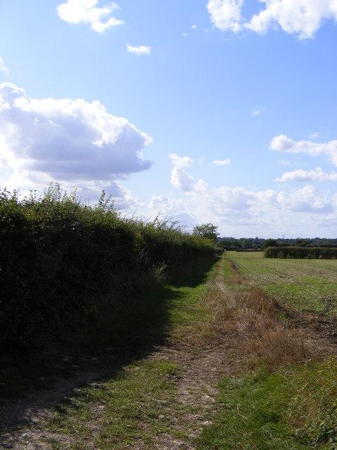 Footpath to the B1079 Helmingham Road