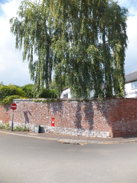 Property wall in Glasshouse Lane