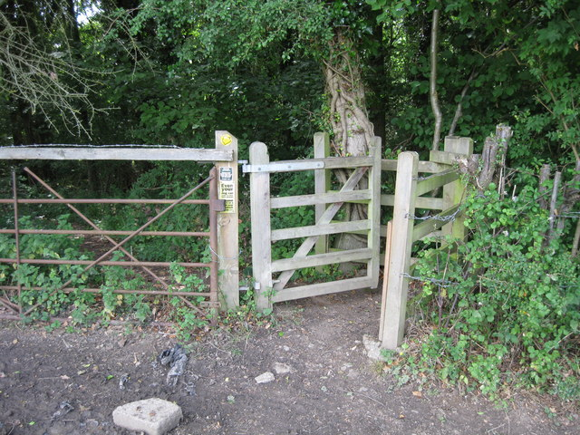 Kissing gate on the edge of Lord's Wood