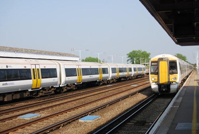 Trains at Paddock Wood