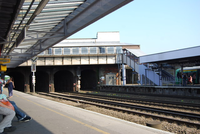 Tonbridge Station