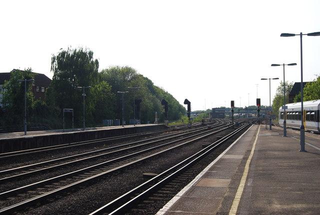 South Eastern Mainline, Tonbridge Station
