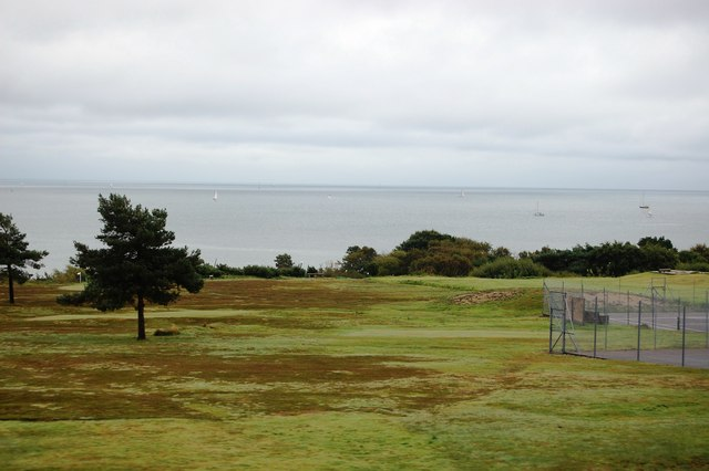 Sea view and tennis courts Studland