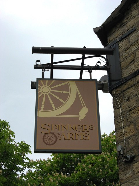 Spinners Arms (2) - sign, Hadfield Road, Hadfield