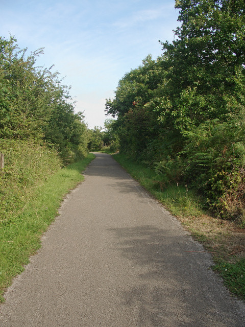 National Cycle Route 4 in Cwm Ffos