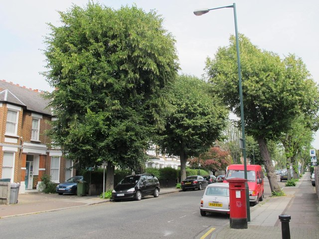 St. Paul's Avenue, NW2