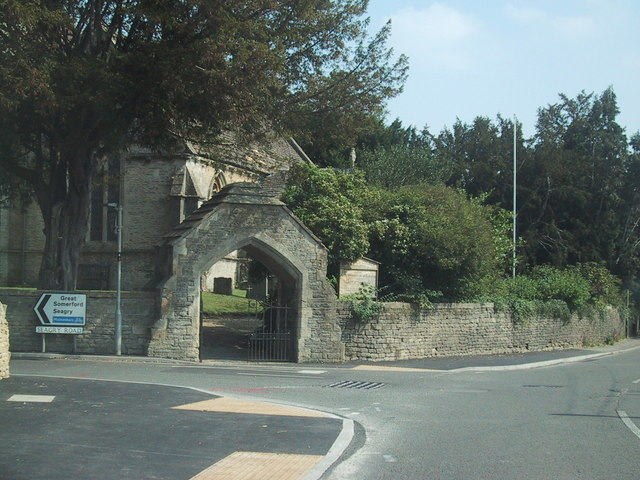 Road junction by the church in Sutton Benger