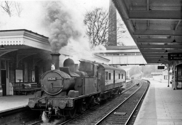Chalford - Gloucester auto-train at Stroud