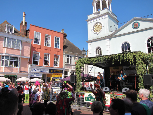 Band at Market Place