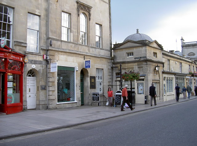 Shops along Argyle Street, Bath
