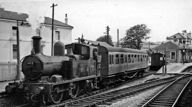 Auto-train for Brixham leaving Churston