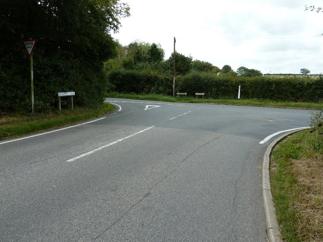 T junction at the end of Honeypot Lane