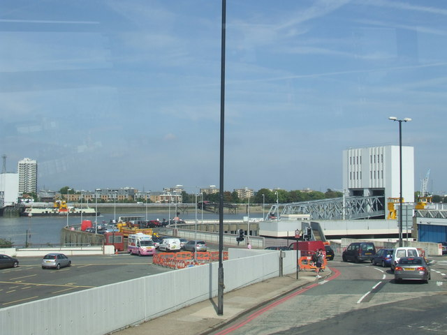 Woolwich ferry approach