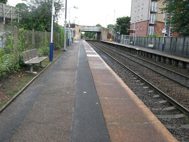 Crossmyloof railway station, looking North-East