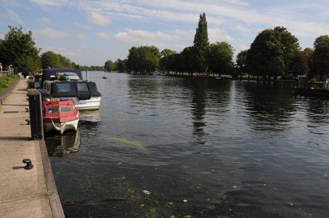 River Thames above Teddington