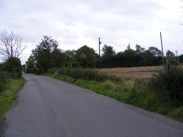 Road to Kittle's Corner & footpath to Bird's Lane