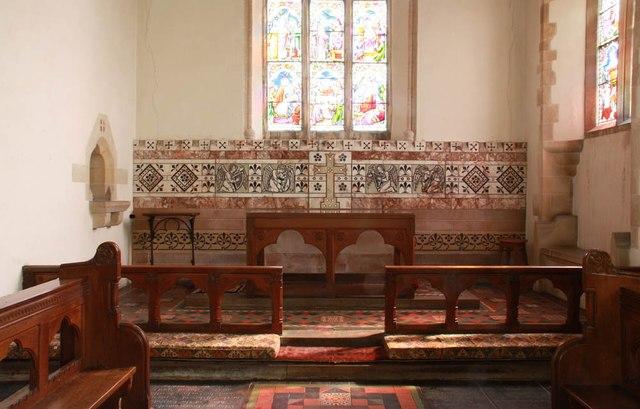 St Mary, Gunthorpe - Sanctuary