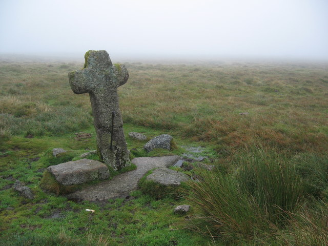 Cross near Skir Ford