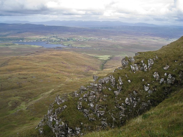 Outcrop at the summit of Healabhal Mhòr