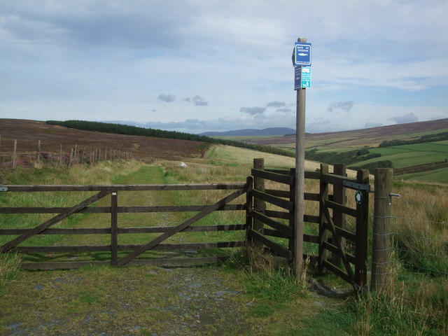 Kissing gate and entrance to Bayr Ny Skeddan