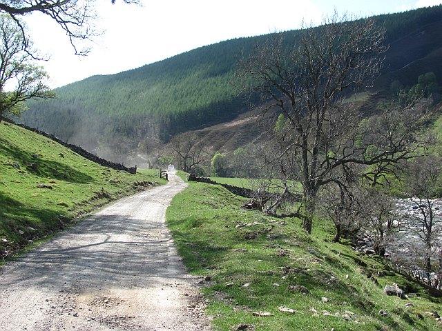 The road up Glen Tilt