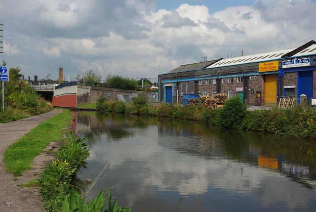 Industrial Units On the Trent & Mersey