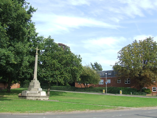 War Memorial, Epping