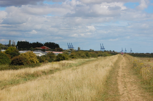 The Essex Way 167: sea wall