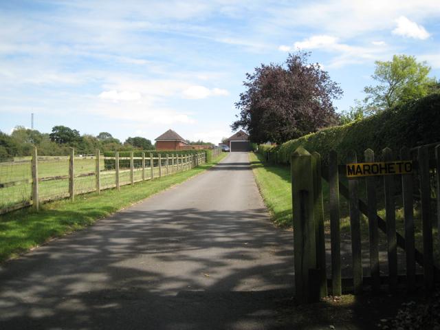 Entrance to Maroheto, Church Lane
