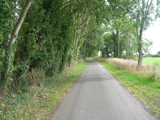 Minor road towards Haywood