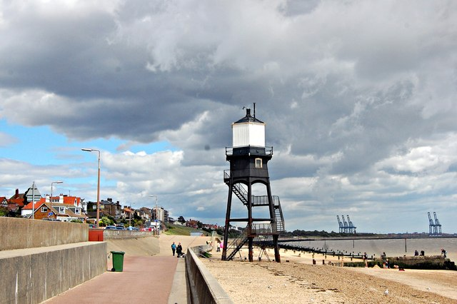The Essex Way 169: Dovercourt High Lighthouse