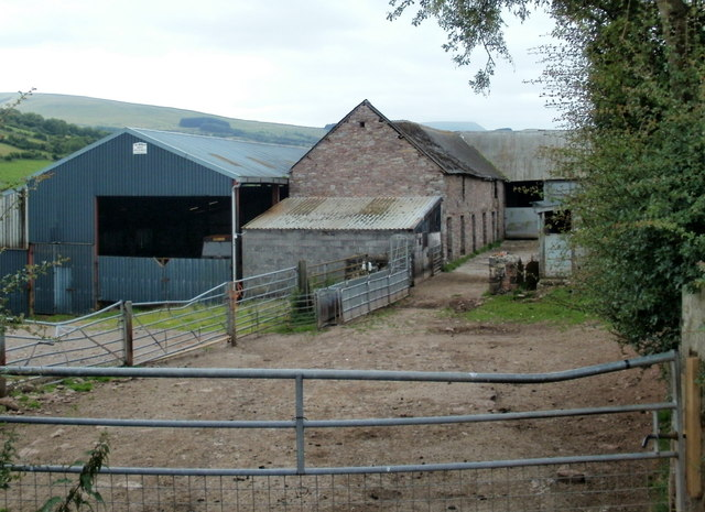 Nantmadog Farm buildings viewed along the entrance track