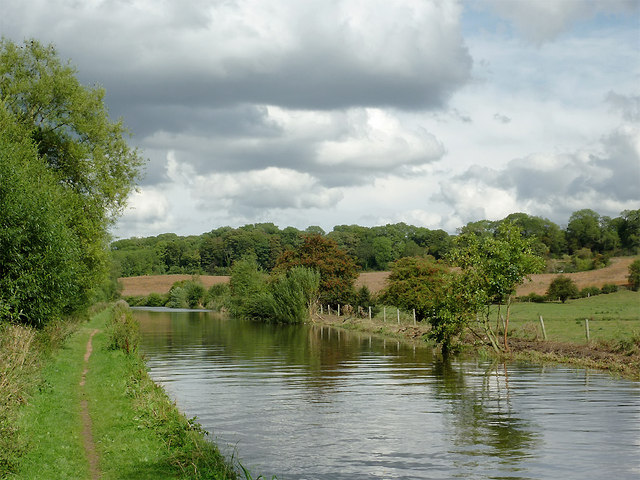Canal and farmland south-east of Stafford