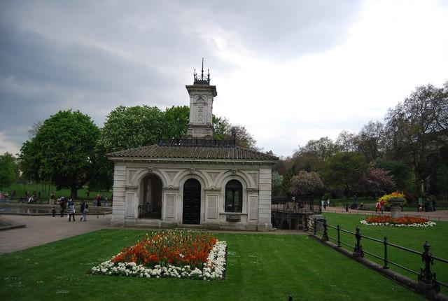 Fountains Pavilion, Hyde Park