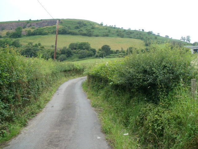 Road west to Pantymaes Farm