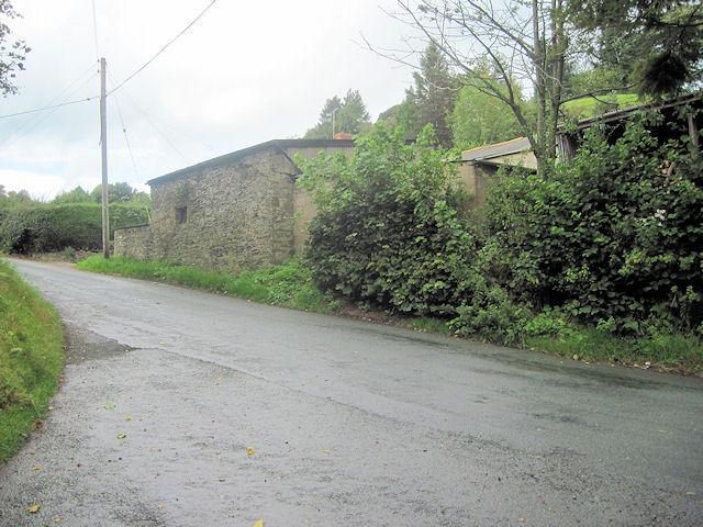 Road junction at Tan-y-Pistyll