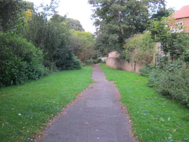 Footpath from Newton Lane to Prior Street Darlington