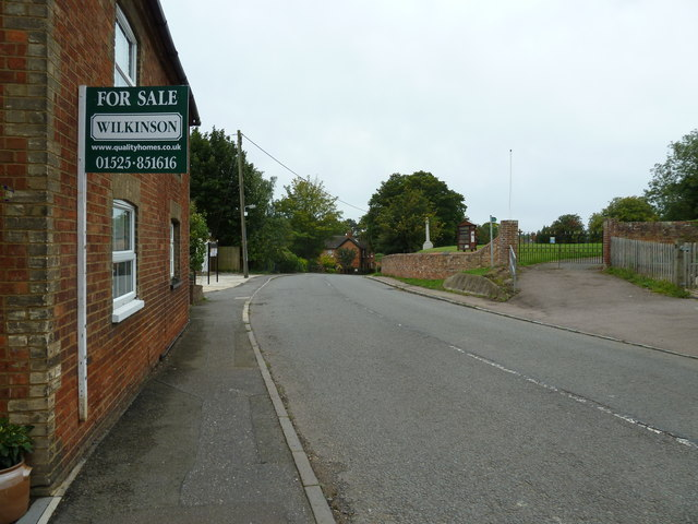 House for sale in Soulbury