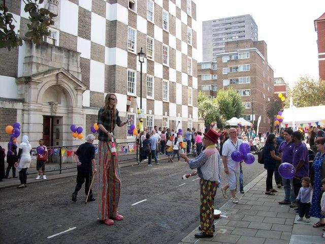 Jugglers in Page Street Westminster
