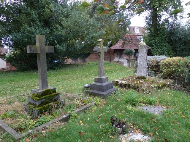 Holy Trinity, Drayton Parslow- crosses