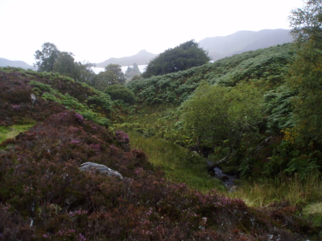Burn by ruin going to Loch Tarff