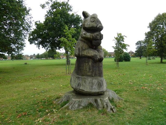 Wooden sculpture in Stockwood Country Park (ii)