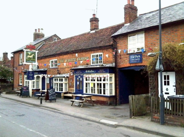 The White Horse, Kimpton