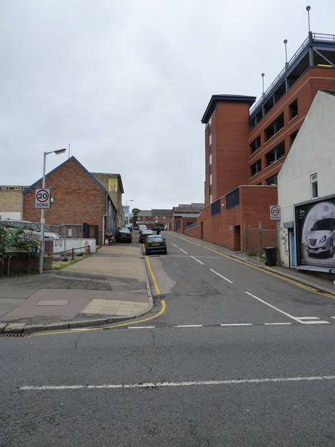 Looking from Chapel Street into New Street