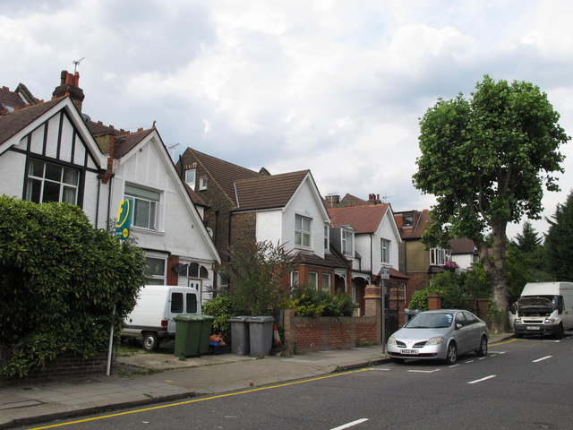 Lydford Road, NW2 (2)
