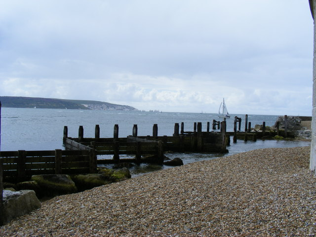 Coastal defences Hurst Spit