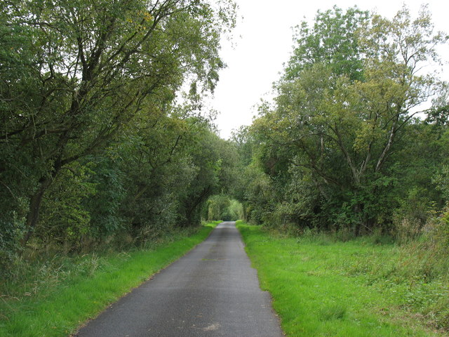 The lane to Low Mill